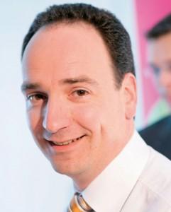 Holger Vogt, Geschäftsführer der Vogt Foliendruck GmbH in Hessisch Lichtenau. Sein Unternehmen ist spezialisiert auf die Veredelung von Printprodukten, die einen bleibenden Eindruck hinterlassen sollen.
