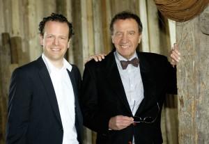 Der verstorbene Wilfried Gerke mit seinem Sohn Thilko (links). Foto: Mario Zgoll