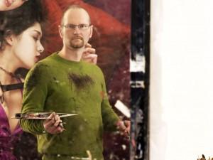Malt fotorealistische Motive: Künstler Philipp Weber. Foto: Mario Zgoll