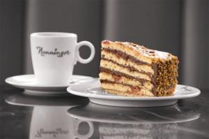 Das Café Nenninger ist bekannt für feinste Kuchenspezialitäten. Foto: nh