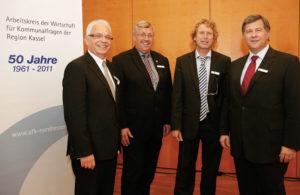 AFK-Vorsitzender Claus-Rüdiger Bauer  mit Regierungspräsident Dr. Walter Lübcke, Prof. Bernd Raffelhüschen und K+S-Vorstandsvorsitzendem Norbert Steiner (v.l.). Foto: Mario Zgoll
