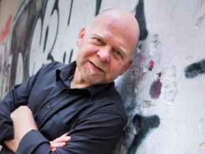 Nicht nur für seine Jahresrückblicke berühmt und berüchtigt: Kabarettist Bernd Gieseking. Foto: Thomas Rosenthal