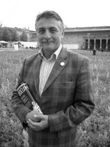 Knut Seidel 2008 auf dem Kasseler Friedrichsplatz. Foto: Jan Hendrik Neumann