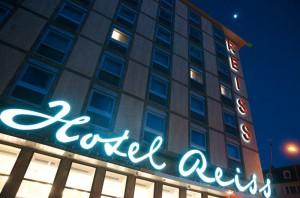 Erstrahlt wieder in neuem Glanz: das legendäre Hotel Reiss. Foto: Mario Zgoll