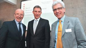Vertrag verlängert: Schach bleibt Regionalmanager