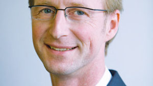 Dr. Thorsten Ebert: Raus aus der Individual-Nische, rein ins öffentliche Leben