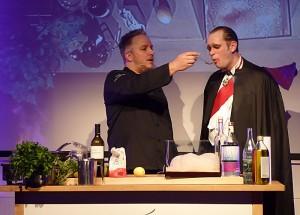 Christoph Brand und Martin Sierp alias Fürst der Finsternis. Foto: Björn Schönewald