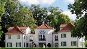 Traumlage: Wohnen am Park und Schloss Schönfeld