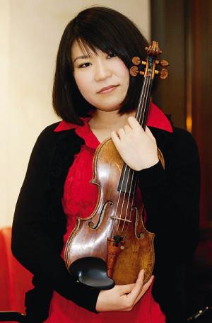 Sie nahm mit 13 Jahren ihre erste CD auf und schätzt Kassels Vorderen Westen: Klassikstar Tianwa Yang. Foto: Mario Zgoll