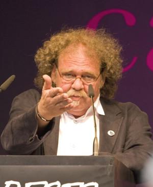 Der Leiter des caricatura museums frankfurt und ehrenamtlicher Vereinsvorstand der Caricatura in Kassel, Achim Frenz. Foto: Britta Frenz