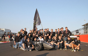 Das Herkules Racing Team in Silverstone. Foto: HRT