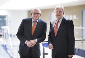 Prof. Dr. Martin Viessmann und Dr. Walter Lohmeier (v.l.). Foto: IHK Kassel-Marburg