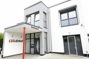 Der Hauptsitz von Hettling's Lesezirkel im Vellmarer Kirchweg. Foto: Mario Zgoll
