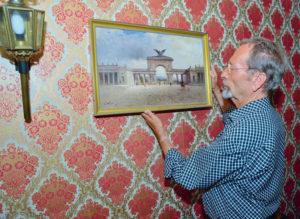 Im Besitz des langjährigen Kunstsammlers: Das 1909 entstandene und ein Stück verlorenes Kassel zeigende Ölgemälde »Auetor« des deutsch-russischen Malers Nicolai von Astudin (1847–1925). Foto: Markus Frohme