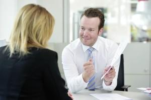 Nimmt sich Zeit für seine Kunden: Serviceleiter Alexander Bieling. Foto: Bernd Schoelzchen
