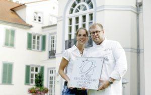 Ausgezeichnete Küche im gehobenen Ambiente – die Gastgeber des Restaurants Park Schönfeld: Sabrina Schoregge und Eduard Jaisler. Foto: Mario Zgoll
