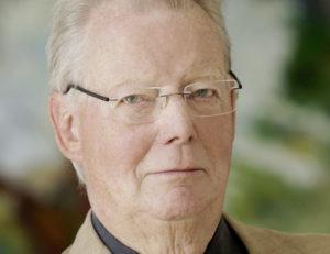 """Prof. Dr. Hansjörg Melchior, Vorsitzender der Gesellschaft der Freunde und Förderer des Kasseler Bürgerpreises """"Das Glas der Vernunft"""". Foto: Mario Zgoll"""