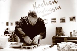 Fliegende Köche-Chefkoch Christoph Brand hat für die Jérôme-Leser ein leckeres Weihnachts-Rezept kreiert. Foto: Mario Zgoll