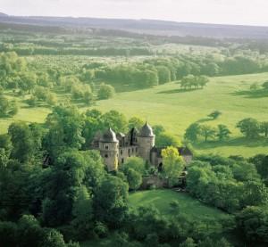Das Dornröschenschloss Sababurg ist deutschlandweit ein Synonym für märchenhaftes Heiraten. Foto: Familie Koseck