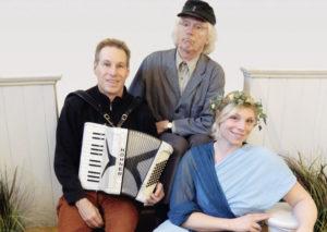 Welf Kerner, Justus Riemenschneider alias Bernd Köhler und Julia Dernbach. Foto: nh