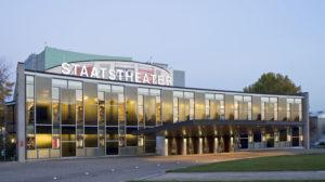 Familienfreundlicher Arbeitgeber: Gütesiegel für Staatstheater