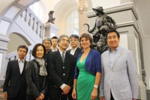 Stadträtin Anne Janz empfing die Besucherinnen und Besucher aus Japan im Rathaus. Links neben ihr Generalkonsul Takeshi Kamiyama mit seiner Frau. Foto: Stadt Kassel