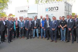 Rund 50 Vertreter der regionalen Mobilitätswirtschaft informierten sich bei sera über Wasserstoff als Treibstoff der Zukunft. Foto: Regionalmanagement Nordhessen