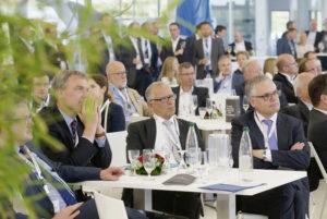Mit rund 150 Gästen feierte man das Sommerfest in den Räumlichkeiten der Piper Deutschland AG am Kassel Airport