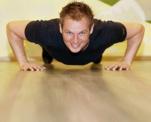 Sportwissenschaftler Daniel Schmahl ist Experte für Training und Ernährung. Foto: Alibek Käsler