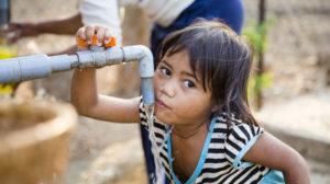 PAUL, der genial einfache Wasserfilter, rettet Leben